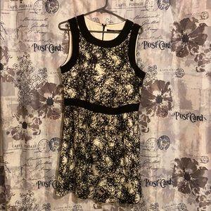 Kensie XL black and white dress